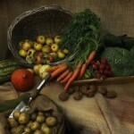 Производитель свежих и консервированных продуктов и овощей.